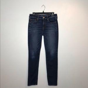 American Eagle Dark Wash Skinny Jeans (J109)